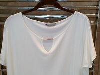UNUSED M&S ladies ivory coloured top size 16 with tags - Marks and Spencer