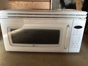 Roper Range and Maytag Microwave