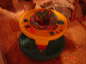 Chaise Porte BEBE - BABY Play Trainer/Chair West Island Greater Montréal image 2