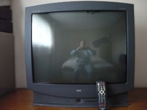 """32"""" SCREEN RCA-HOME THEATER HP TELEVISION"""