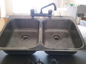 Sink and taps for sale