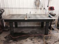 Welding table welder