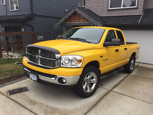 2008 DODGE RAM 1500 HEMI SLT QUAD CAB 4X4**85,000 km**NO ACCIDEN