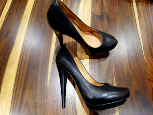 L.A.M.B. LAMB Black Leather High Heel