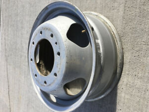 Six GMC/Chevy Dually Rims