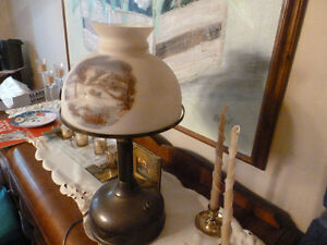 - Beautiful Vintage Table Lamp