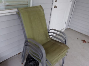 3 patio chairs, green
