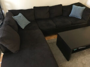 Like new - Brown corner sectional sofa for sale - with warranty