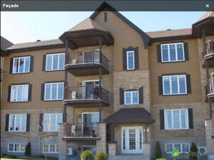 $1280/mth - 1200 sf - 2 bedroom New Condo for Rent (Vaudreuil)