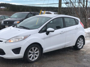 2013 Ford Fiesta se auto new inspection $5600