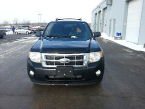 2010 Ford Escape, Safetied, Etested and Warrantied