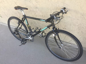Trek 7000 Mountain Bike-PRICE REDUCED