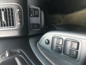 * Quick Sale Non-negotiable* Honda Civic 2004 Low Milage