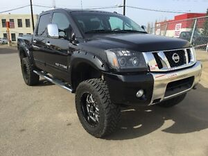 2013 Nissan TITAN LIFTED 1500 LEATHER LOADED / BEAUTIFUL TRUCK