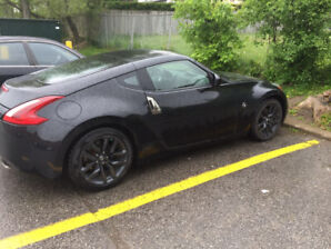 2018 Nissan 370Z pay $3000 cash for someone takeover the leasing