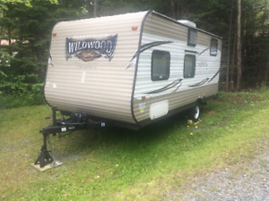 2016 Forest River Wildwood X-Lite T195BH