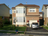 3 Bedroom  Detached House For Rent in Brampton (Steeles/Mavis)