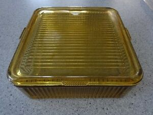 Federal Ribbed Refrigerator Dish w/ Lid in Amber Vintage Glass