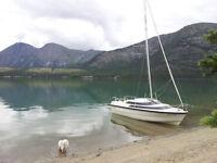 Macgregor 19' Power Sailer - Versatile Yukon Boat