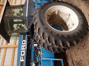 Ford Versatile 4wd tractor