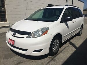 2007 TOYOTA SIENNA LE NO ACCIDENT