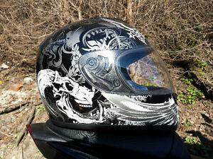 Vcan street bike helmet NEW (men's L)