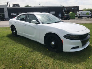 DODGE CHARGER 2015 5,7 HEMI AWD CONDITION A1  FINANCEMENT FACILE