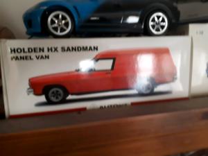 SANDMAN PANELVAN Model car 1:18 n