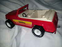 TONKA Vintage--Nice / Clean Condition Jeepster Convertible 70's