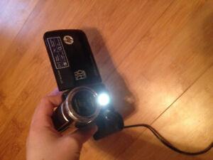 HP Digital Camcorder T200 (1080p) 16X Digital Zoom