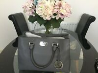 Michael kors bedford bag bnwt and original receipt