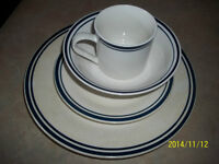 Dish set, thin blue lines, New Price