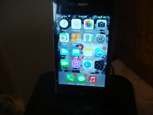4s 16 GB iphone package *PRICE REDUCED* - St. Albert