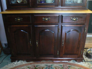 Table with chairs and Hutch/China Cabinet West Island Greater Montréal image 7
