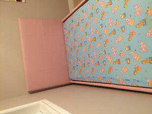 Pink bed for sale with or without matress Kitchener / Waterloo Kitchener Area image 2
