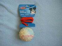3 x TRIXIE rubber ball with throwing handle, new