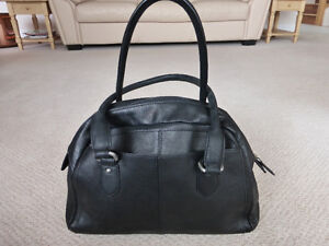 Ecco Black Leather Ourse