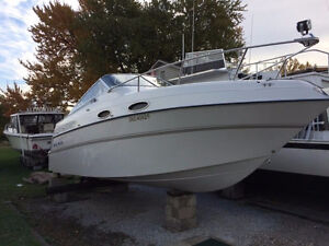 Great shape 24 foot four winns cruiser