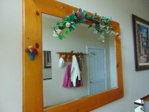 Mirror solid pine frame