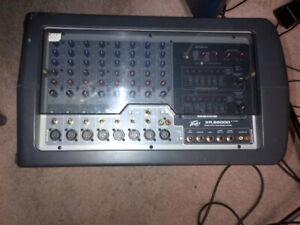 PEAVY PA SYSTEM LIKE NEW