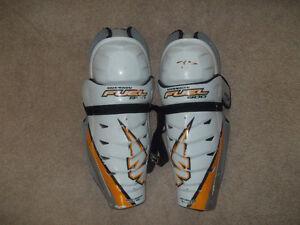 "Mission Hockey Shin Pads 15"""