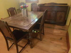 Unique and beautiful antique dining set two extensions