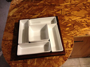 Umbra serving tray
