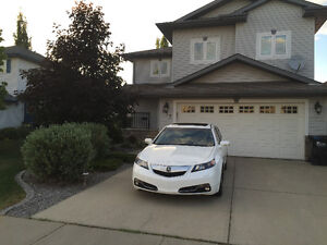 Feb 1st Beautifull 5 bedroom house for rent in Sherwood Park.
