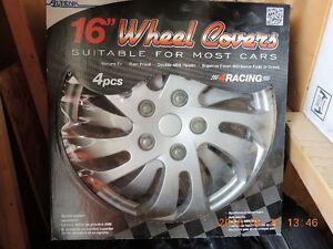 couvres-jantes (wheel covers)