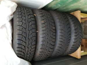 (4) 185/70R14 88T Hankook Snow tires for 2001 Civic