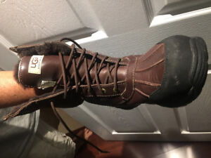 Uggs men winter boots size 10