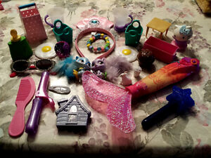 Toys: Curling Iron, Bracelet,Head Band, KITCHEN items >.MORE Cambridge Kitchener Area image 2