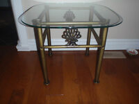 metal and glass square end table in perfect cond