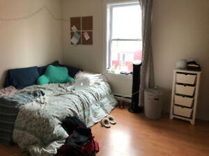 Room for SUBLET